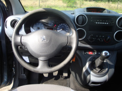 Peugeot-Partner-10